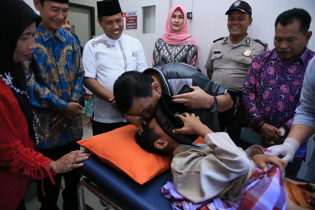 Dinas Kesehatan Gelar Sunatan Massal di Dua Lokasi