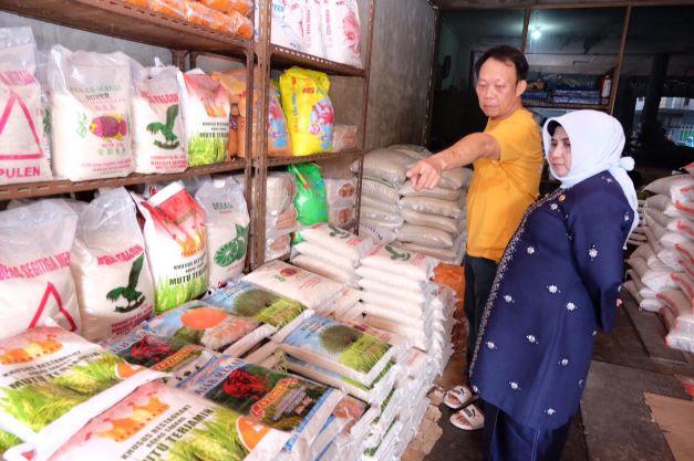 8.356 Warga Tanjungpinang Terima Bantuan Beras