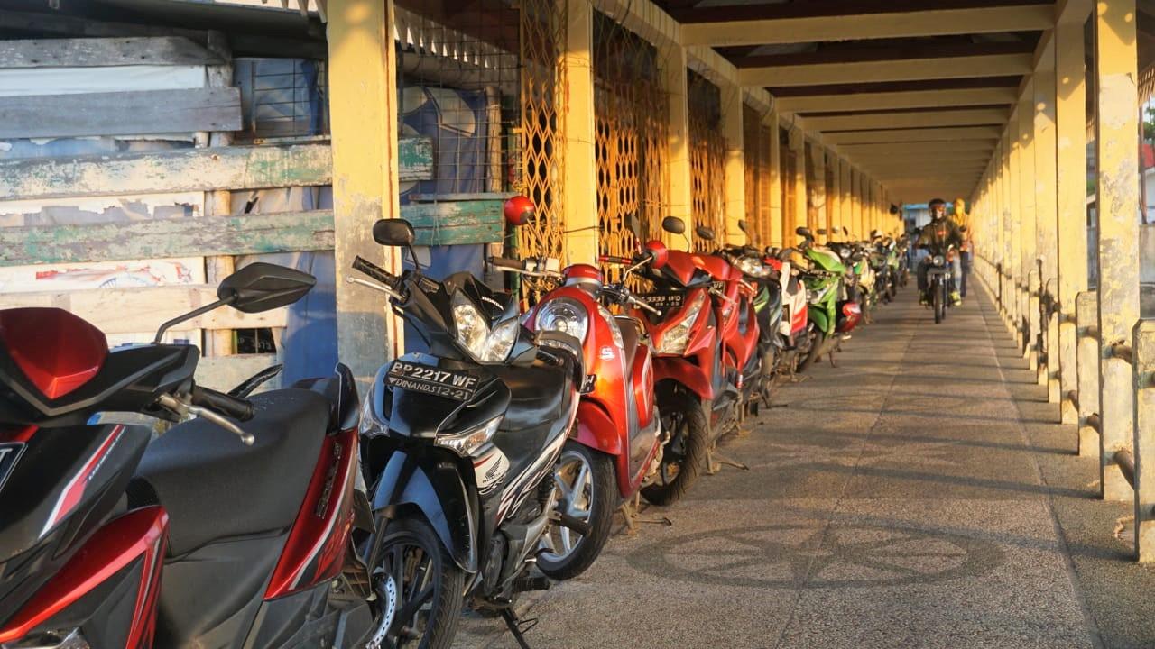 Dishub Tanjungpinang Harapkan Pengendara Motor Tidak Parkir di Dermaga Penyengat