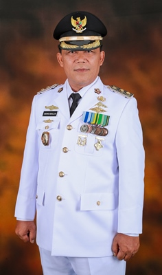 Endang Abdullah ,S.kp., M.Si